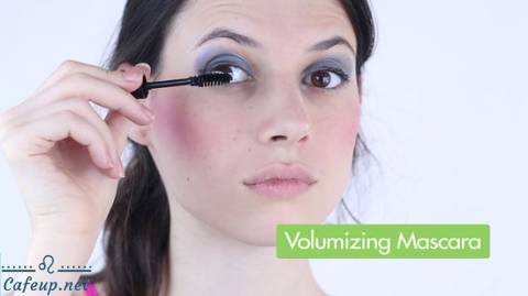 How to Do 80's Makeup