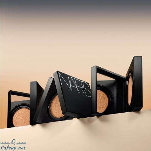 NARS ​Natural Radiant Longwear Foundation Now Has The Cushion Version